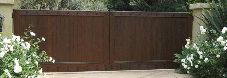 Looking For Plans For Wooden Driveway Gates Build By Own